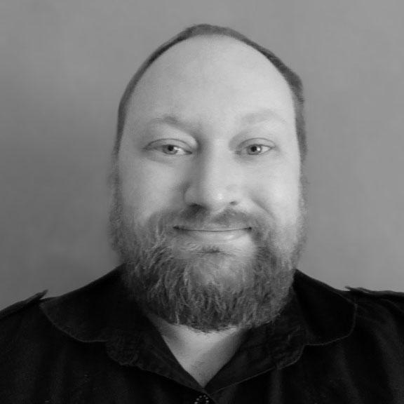 Pierre - tutor tech, cyber,networking